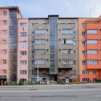C253 Apartment buildings