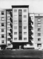 C245 Apartment building